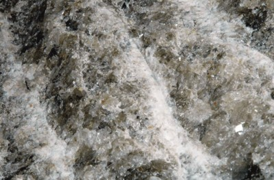 Мікроби гинуть в солі